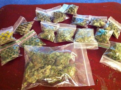 marijuana in dime bags